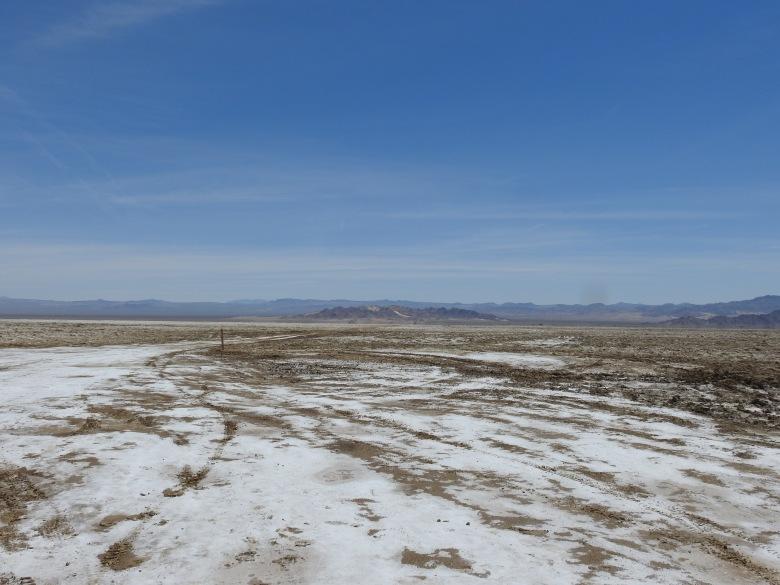 Road to Soda Lake 1
